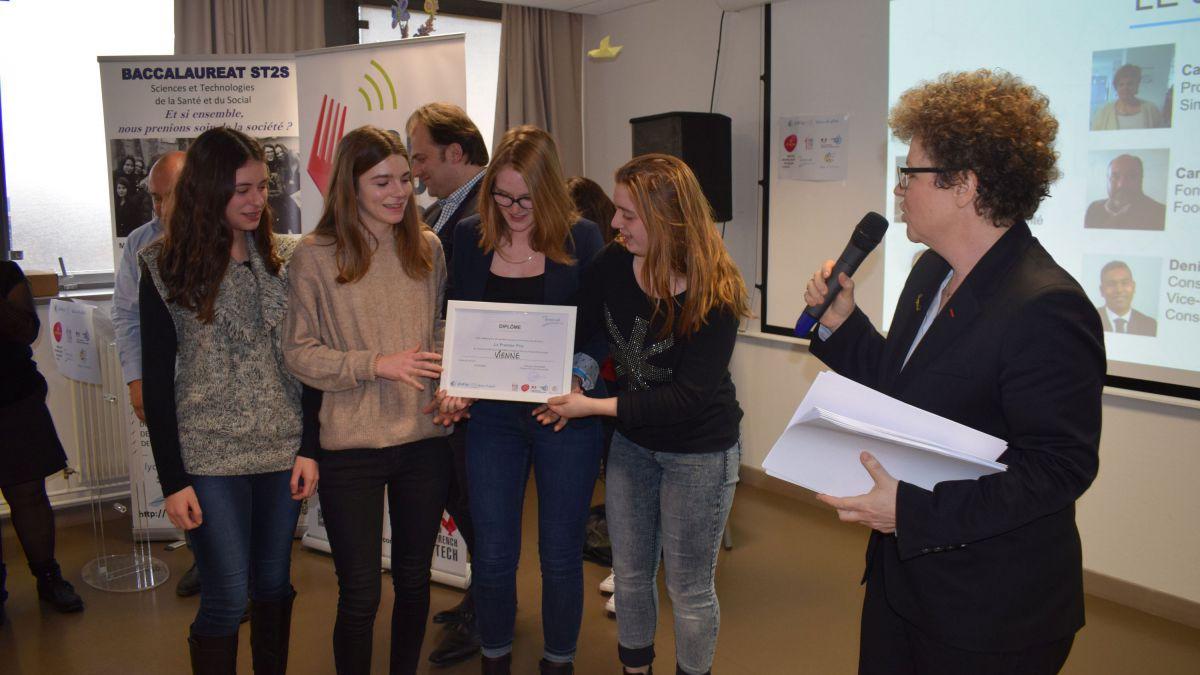 Quatre lycéennes dijonnaises à Chicago pour la finale de Start-up Lycée
